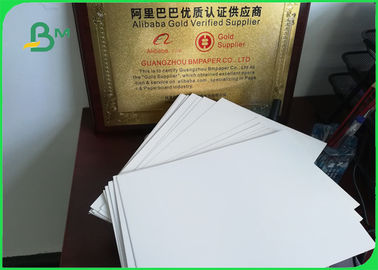 Cina 210 - 350g C1S Single Side Coated Ivory Board Paper Untuk Album / Kalender pabrik